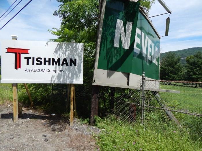abandoned-nevele-tishman