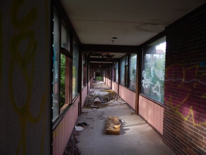abandoned-grossingers-resort