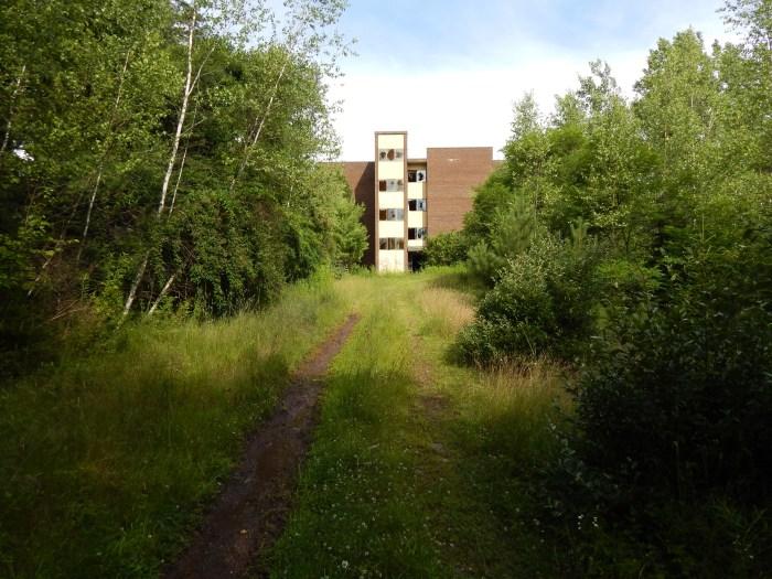 grossingers_resort_abandoned