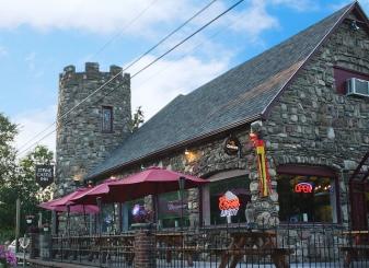 stone castle inn